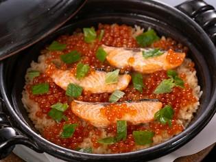 ほっと心和む美味しさ。コースの〆を飾る『季節の炊き込みご飯』