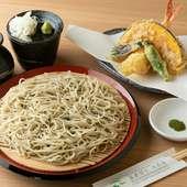 珍しい「天然フラワー海老」の天ぷらが魅力『天せいろ』