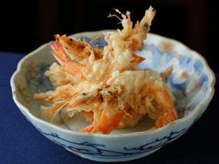 かつて芝の海で獲れた芝海老は、江戸の味に欠かせない食材
