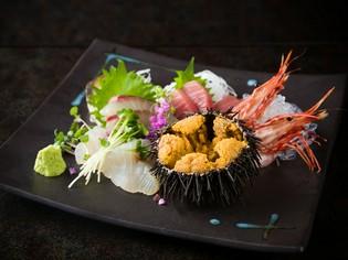 旬の新鮮な食材を厳選。とくに魚介類はそのクオリティに自信あり