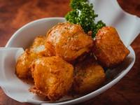 鶏料理の合間やお酒のお供にも最適な創作和食『大根の唐揚げ』