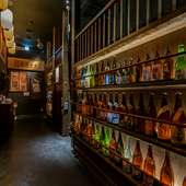 お酒の品揃えも多く、地酒はもちろん、期間限定のお酒も