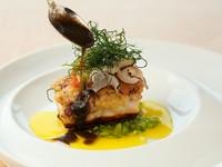 食材の珍しい組み合わせに、シェフの技が光る『舞阪港で水揚げされた鮮魚のお料理』