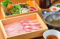 5種類のだしで味わい方いろいろ ブランド豚をたっぷり堪能できる『プレミアム十勝千年豚しゃぶしゃぶ鍋』