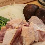 【献立内容】 ・よだれ鶏 ・【お鍋】とりすき鍋 ・〆のうどん 又は 炊き込みご飯 又は 土佐ジロー玉子かけご飯