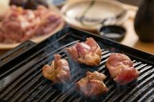 土佐はちきん地鶏を炭火焼きでお楽しみ頂けるお料理のみのコースとなっております。