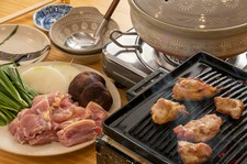 """土佐はちきん地鶏の""""とりすき鍋""""をメインとしたお鍋のお料理コースです"""