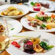 季節の食材がふんだんに使われたコース料理が自慢の【リコロソ】。女子会や友人との集まりなど、各種宴会にもぴったりです。多彩なシーンで活躍してくれることでしょう。