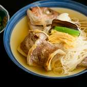 香ばしい鯛の風味、たっぷりのだしがきいた『鯛のにゅうめん』