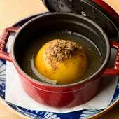 和食と洋食が見事に融合された『フォアグラとスカモルツァチーズを包んだジャガイモの饅頭』