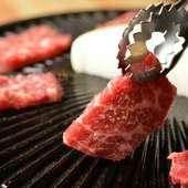 毎日熊本から直送される新鮮な馬肉を使用。こだわり抜かれた食材