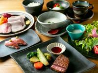 選択するステーキによりコースの価格が変化いたします。