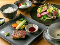 ・ステーキの量は100g、150gに増量できます。