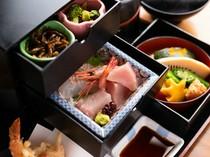 タンス型の弁当に、趣向を凝らした逸品が詰まった『一富士弁当』