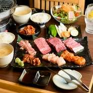 谷口氏の「ぜひ食べてもらい」という思いが凝縮されたメニューです。7種類の部位を食べ比べすることができ、野菜や一品料理などもトータルに堪能できるプラン。おいしさはもちろんのこと、ボリュームも満点です。
