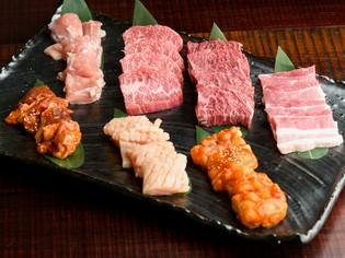 日本有数の黒毛和牛の産地・南九州から直接仕入れる牛肉