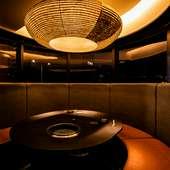 全席が個室or半個室空間。本物の贅沢が薫る和の設えも評判