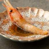 ブランデーの芳醇な香りが口いっぱいに広がる『ボタン海老のブランデー漬け』