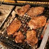 香ばしくふっくら焼き上げた厚さ13ミリの贅沢な牛タン『仙台厚切り牛タン』