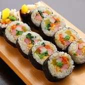 野菜たっぷり!韓国屋台の定番メニュー『キンパ』