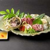 肉本来の上質さと美味しさを堪能できる『和牛肉刺し盛り』