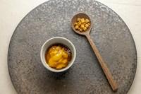 北海道産帆立貝柱を丁寧に焼き上げ、貝と豆の出汁をソースとして。