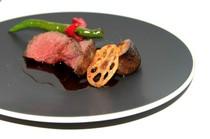 コース料理のお料理の一部です。