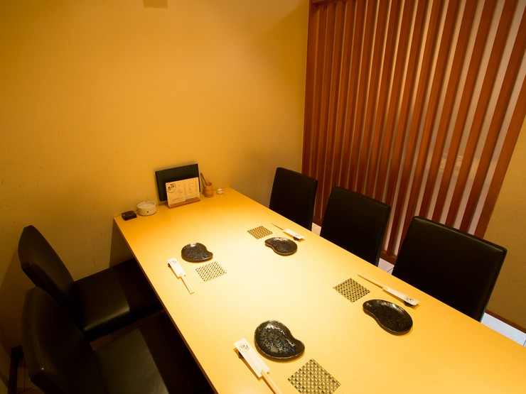 テーブル個室。座敷・掘りごたつの個室もございます。