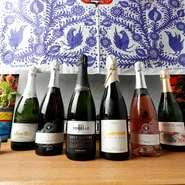 グラスワインは常時10種類以上