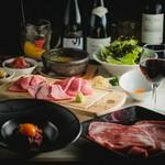 希少部位の「極上ヒレ」と「厚切り特上赤身肉」の食べ比べができる、盛り上がりと感動間違いない贅沢コース