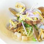 パスタ・メイン料理はそれぞれの各項目からお好みの料理をお選びいただけます。