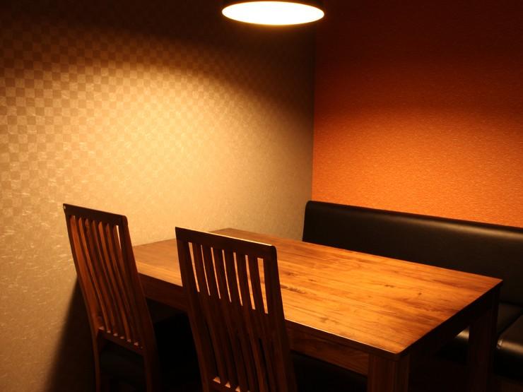 落ち着きのあるお部屋は、接待や食事会におすすめ。