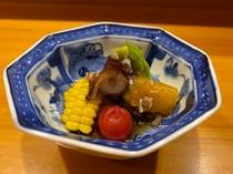 タコ旨煮と旬野菜(コース料理から)