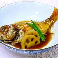 プロの板前の腕の見せ所!贅沢に高級魚のど黒を煮付けや塩焼きで