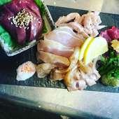 名古屋コーチン、等の地鶏お造り盛り合わせ、小780円、大1280円