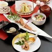 お祝い前菜に有頭大海老塩焼き、メインには美濃ヘルシーポーク朴葉焼きをご用意した季節変わりの7品です。