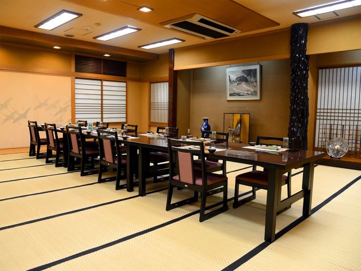 【コロナ対策済み】32畳の個室椅子席