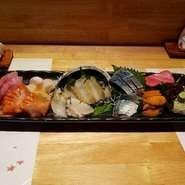 新鮮な海鮮をふんだんに使用しております。