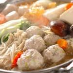 リーズナブルにお楽しみ頂けるコース。塩ちゃんこ鍋をメインに産地直送の鮮魚のお造りをご堪能頂けます。