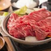 お肉は黒毛和牛、たんしゃぶ、北海道つや姫豚など14種類。他、60種類以上が食べ放題。