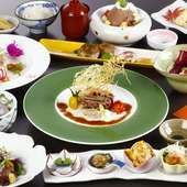 海鮮だけでなくお肉も楽しめる当店1番人気の「利久会席」です。