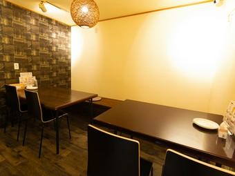 広々個室はちょっとした宴会やパーティにも最適