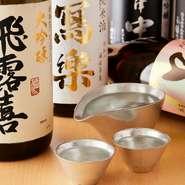 全国新酒鑑評会で8連覇を達成した福島県の日本酒を中心に取り揃えております。