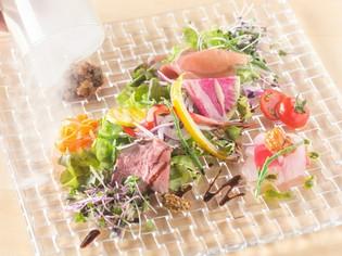 土にこだわった老舗農園の野菜!みずみずしくて味が濃いのが特徴
