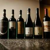 イタリアを中心とした約50種を揃え、好みや料理に合わせて提案