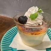 濃厚チーズとトマトがクセになる『手作りブッラータのピッツァ』
