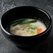 牛白湯スープ