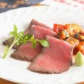 繊細な温度管理で肉汁を閉じ込めた『かずさ和牛のローストビーフ』