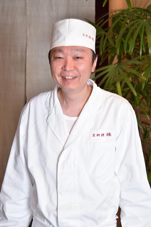 川端 慎一郎 氏