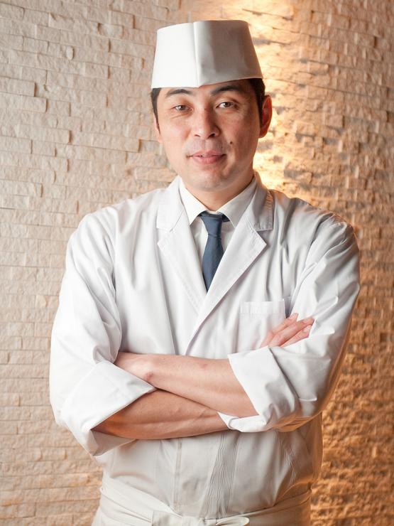 大濱 智弘 氏
